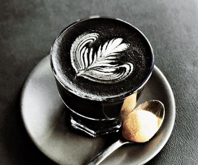 Black Latte  composition